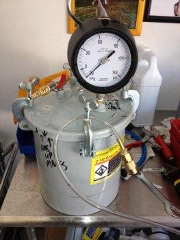 pot-holds-vacuum.jpg