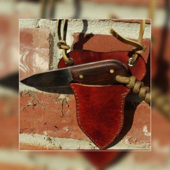 Neck Knife No 2.jpg